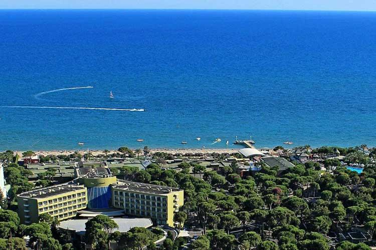 Maritim Pine Beach Resort (Belek)